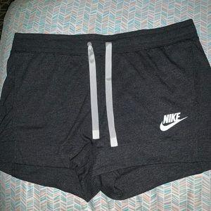 NWT NIKE shorts size extra large